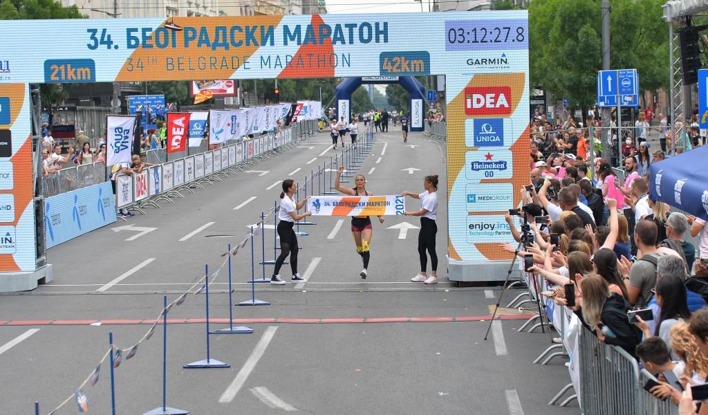 Капетан прве класе Невена Јовановић победила на 34 Београдском маратону
