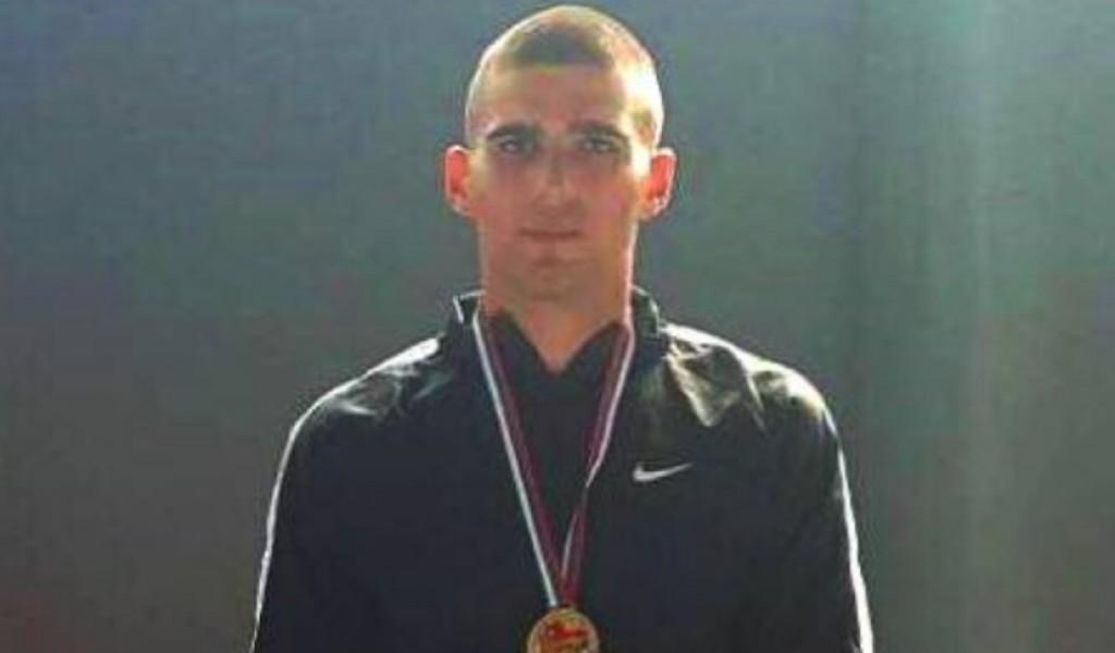 Kadet Aleksandar Nikolić osvojio zlatnu medalju u rvanju